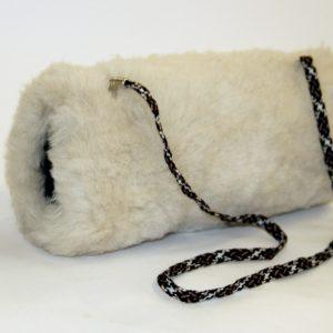 Купить муфту из овчины белая